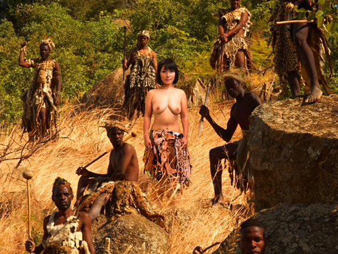 《黒人巨根》『アフリカの原住民とします!!』看護師が外国人とセックス企画w