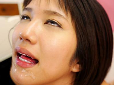 美少女スレンダーAV女優がアヘ顔で痙攣アクメw