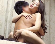 【熟女NTR企画】『旦那と最近セックスしてなかったのぉ!!!』スレンダーな美人奥さんを自宅に連れ込んでセックス隠し撮りな企画w